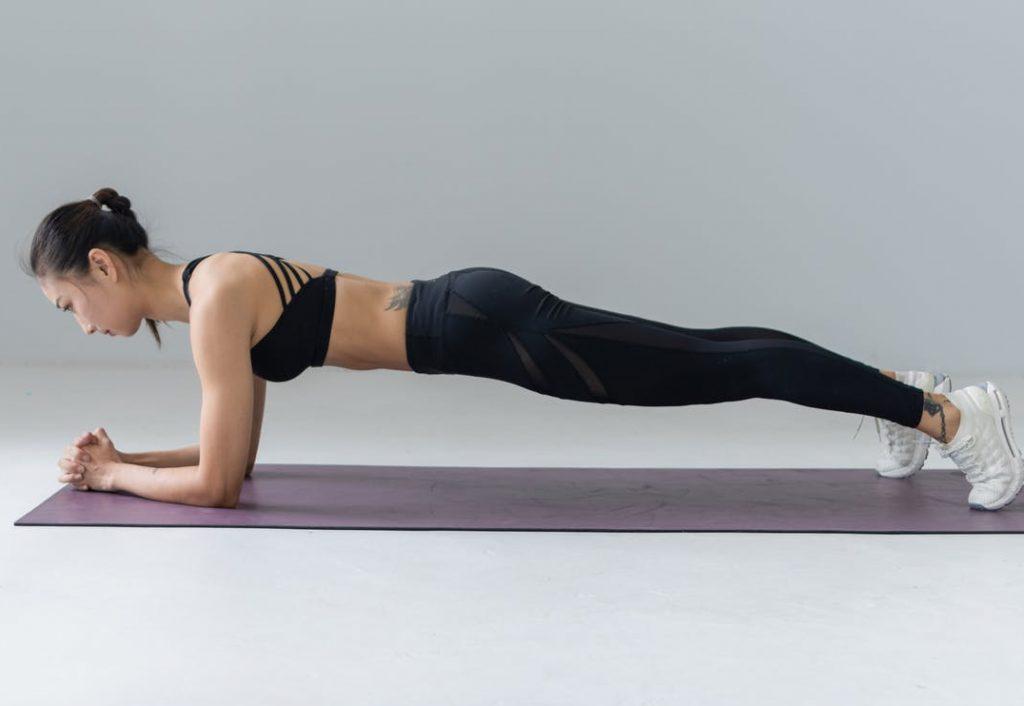 Ejercicios de abdominales: plancha abdominal